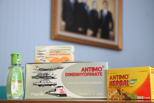 Antimo Anti Serangan Lawan Dede Suryadi