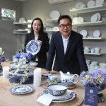 Tjandra Suwarto, Presiden Direktur Indo Porcelain (kanan) dan Vivi A. Angara, Managing Director Indo Porcelain